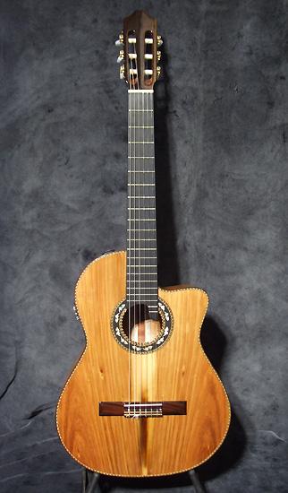 occasion guitare village cordoba guitare acoustique d 39 occasion. Black Bedroom Furniture Sets. Home Design Ideas