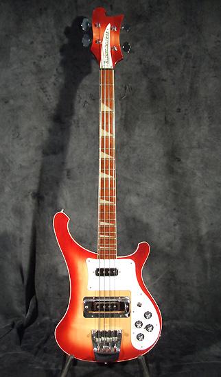 occasion guitare village rickenbacker guitares basses d 39 occasion. Black Bedroom Furniture Sets. Home Design Ideas