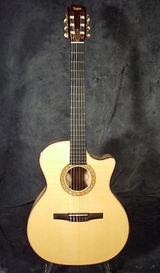 occasion guitare village cuenca guitare acoustique d 39 occasion. Black Bedroom Furniture Sets. Home Design Ideas