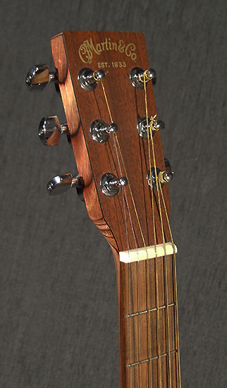 occasion guitare martin guitare d 39 occasion gaucher. Black Bedroom Furniture Sets. Home Design Ideas