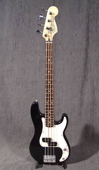 fender occasion guitare village bass guitares basses d. Black Bedroom Furniture Sets. Home Design Ideas