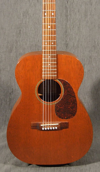 occasion guitare martin 0015 guitare acoustique d 39 occasion. Black Bedroom Furniture Sets. Home Design Ideas