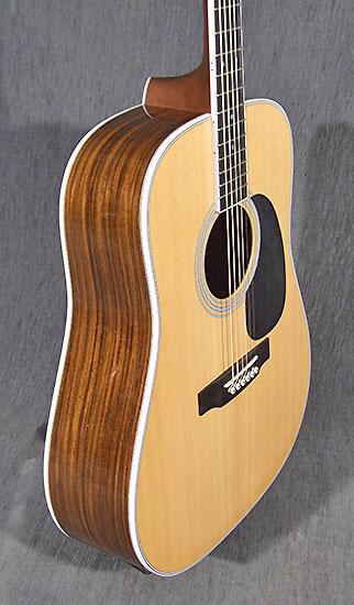 occasion guitare acoustiques martin d35 de 2013 guitare village domont 95. Black Bedroom Furniture Sets. Home Design Ideas