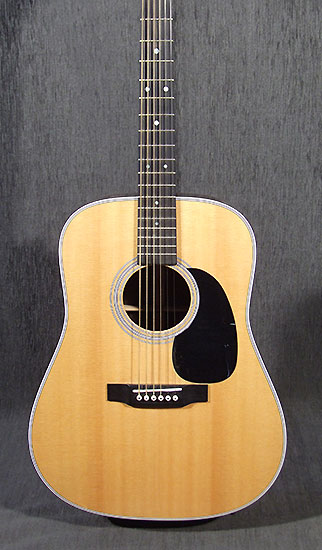 occasion guitare acoustiques martin d28 guitare village domont 95. Black Bedroom Furniture Sets. Home Design Ideas