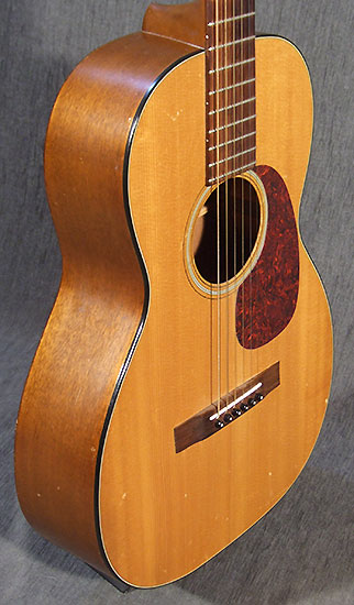 occasion guitare acoustiques martin 016ny de 1966 guitare village domont 95. Black Bedroom Furniture Sets. Home Design Ideas