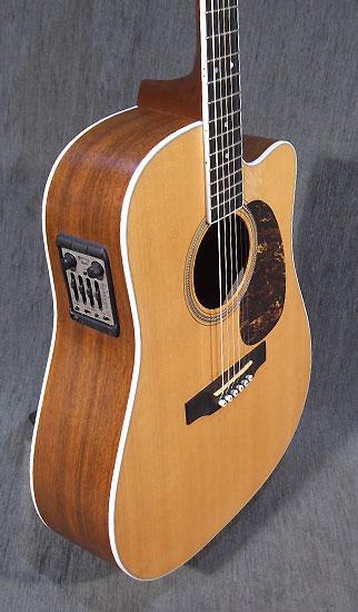 occasion guitare acoustiques martin dc16rgte guitare village domont 95. Black Bedroom Furniture Sets. Home Design Ideas